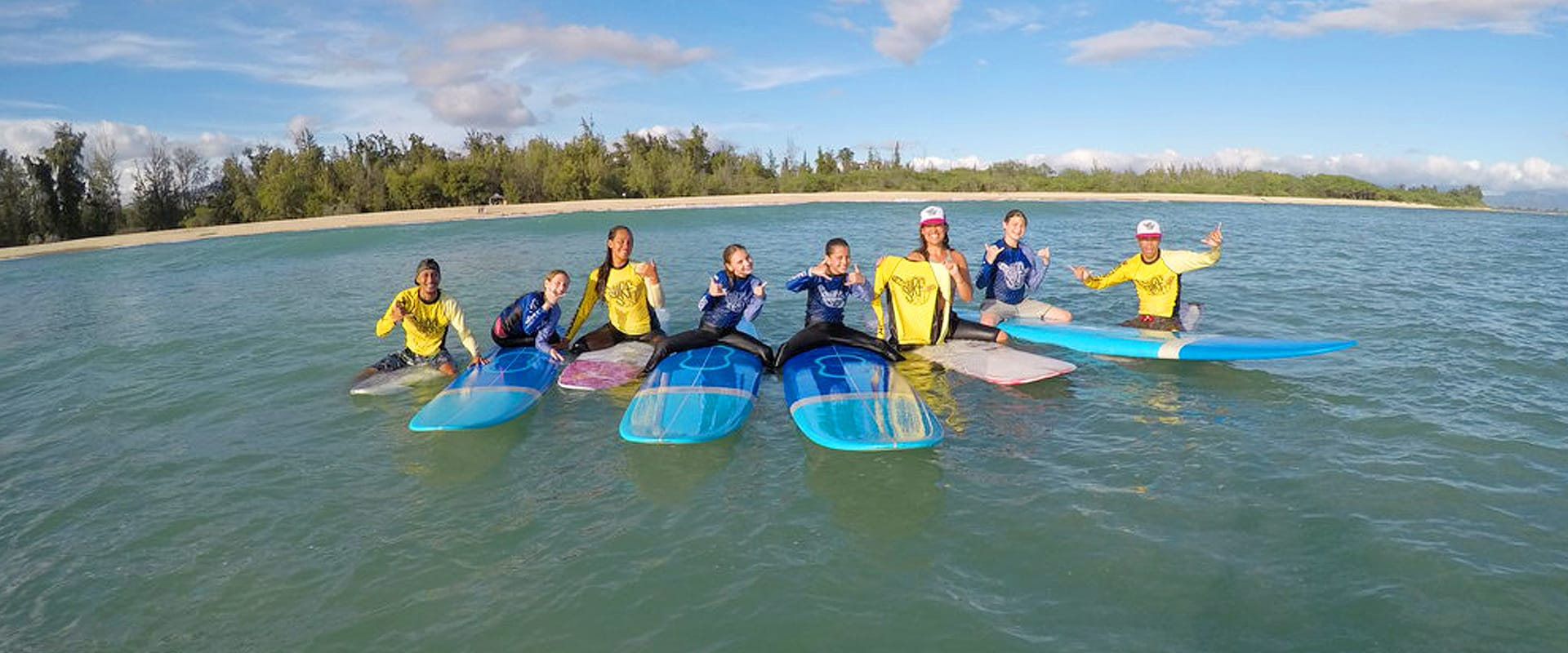 Surf lessons and tips for beginners and family